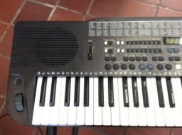 Arranjador Korg i5S c/Pendrive com ritmos Brasil parcelo, aceito Yamaha,Roland e Casio