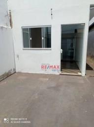Casa com 2 dormitórios para alugar por R$ 900,00/mês - Jardim Cambuí - Botucatu/SP
