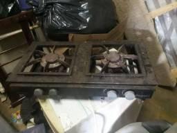 Vendo fogão industrial 2 bocas
