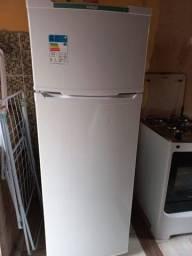 Título do anúncio: geladeira eletrolux