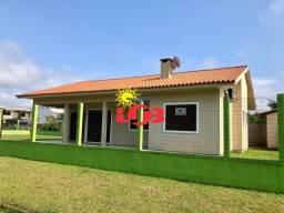 Bela casa para veraneio ou moradia