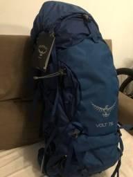 Título do anúncio: Mochila Americana Osprey Volt 75 Litros com Cap de Chuva