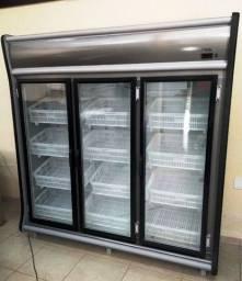 Expositor Vertical Refrigerado para Hortiftuti - Gelopar