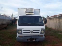 Caminhão 8 150 delivery