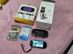 PSP 3001 Completo nota fiscal, cheio de jogos.
