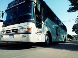 Vende-se dois ônibus de passageiros.