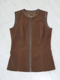 Conjunto calça e blusa marrom By Bella. Tam. 40