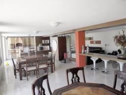 Título do anúncio: Casa Residencial à venda, 4 quartos, 2 suítes, 6 vagas, Centro - Divinópolis/MG