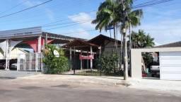 Casa 140 m2 - 3 suítes - Centro