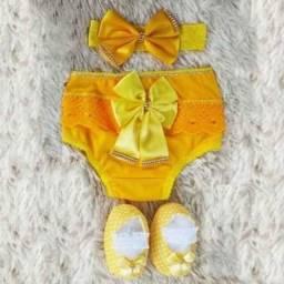 Conjunto sapatinho calcinha e tiara