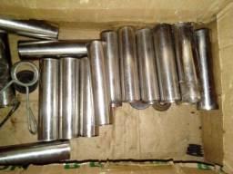 17 peças de tubos de aço com 135 x 30 x 1,2 mm