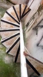 Vendo escada caracol