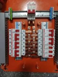 Eletricista de manutenção e Instalação