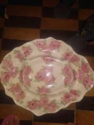 Prato de porcelana