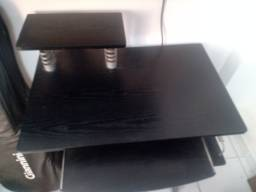 Mesa para computador pessoal