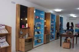 Vendo moveis sob medidas de alta qualidade para lojas