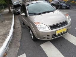 Fiesta 1.6 Sedan Class Flex Completo