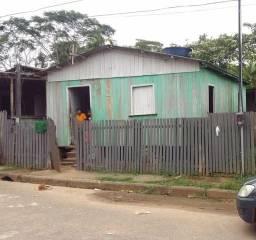 Vende-se essa casa no Oscar Passos