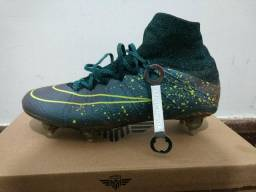 Chuteira Nike Superfly - n° 40