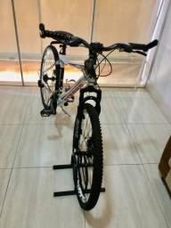 Bicicleta mountain bike, aro 26