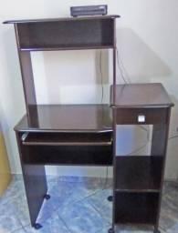 Mesa com Gaveta e rodinhas - Semi-nova - R$ 110,00