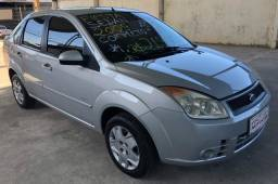 Ford Fiesta Sedan 1.0 2009
