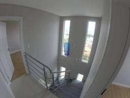 Apartamento duplex com 2 suítes e 2 vagas de garagem no São Judas - Itajaí/SC
