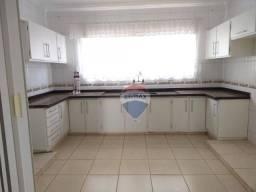 Apartamento com 3 dormitórios para alugar, 260 m² por R$ 1.300,00/mês - Vila Machadinho -