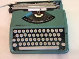 Maquina olivetti lettera 82