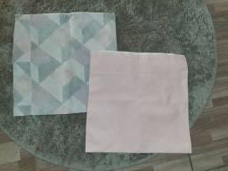 2 Capas de almofada tecido impermeabilizados novas nunca foi usada