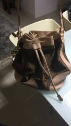 Bolsa saco Colcci Jacquard
