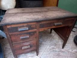 Escrivaninha antiga madeira nobre
