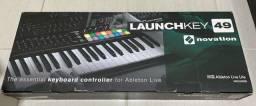 Controlador Novation USB Launchkey 49 MK2