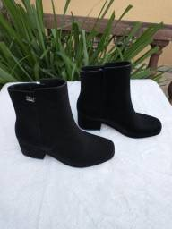 bota Zaxy