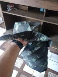 Vendo chapéu 30$ entrego