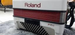 Acordeon Roland Fr1