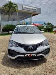 Toyota Etios  X Automático 21/21