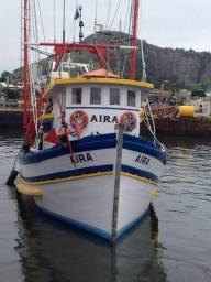 Embarcação pesqueira de Arrasto de Camarão Rosa.