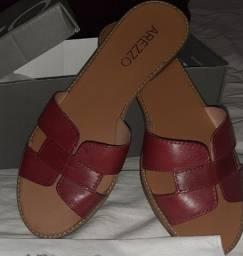 Sandália de couro vermelho Arezzo