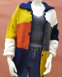 Casaco de tricô colorido