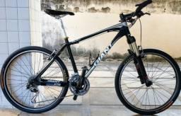 Bicicleta Giant Talon3 (aro 26/tam.18)