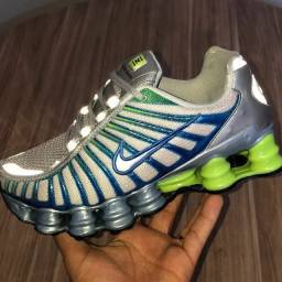 Tênis Nike 12molas