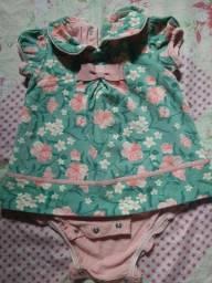 Desapego de roupas de bebê menina