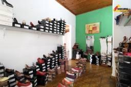 Título do anúncio: Casa Residencial à venda, 4 quartos, 1 suíte, 4 vagas, Danilo Passos - Divinópolis/MG
