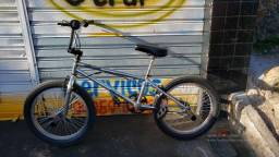 Bike BMX 2 meses de uso