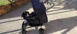 Vende-se carrinho para bebê