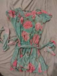 Vestido floral tamanho 4