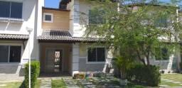 Alugo casa em condomínio no Aquiraz com 3 quartos