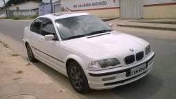 BMW 328i - 2000