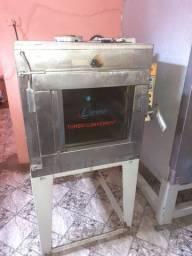 Vende se um forno turbo elétrico monofásico